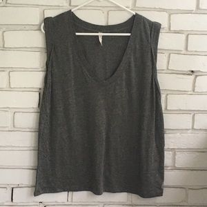 🌼Free People Sleeveless Top EUC Size XL🌼